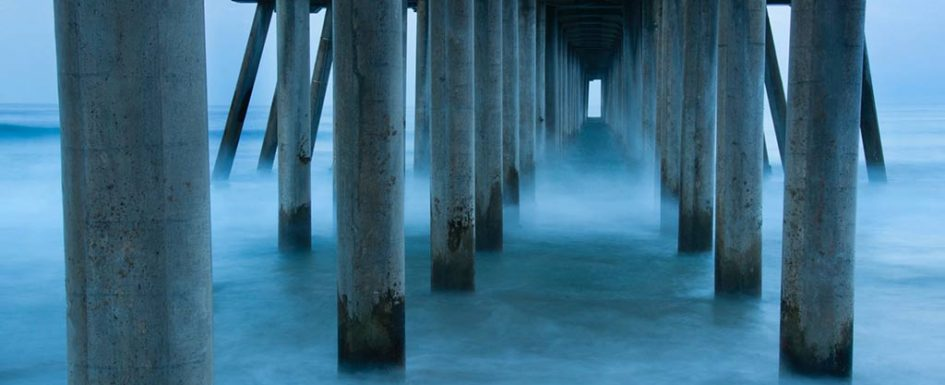 Huntington Beach pier photo by Greg Tucker